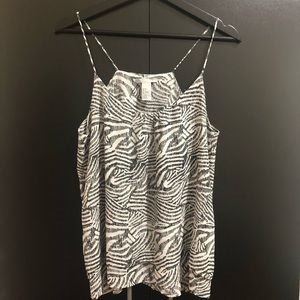 Black and White Top- Size 6